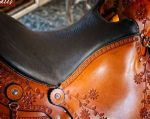 BEAUTIFUL OLD TIMER SADDLE WITH OPTINAL FLOWER TOOLING